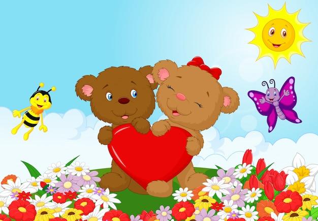Urso feliz segurando coração vermelho