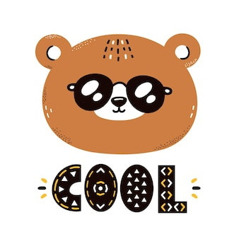 Urso fofo e engraçado com óculos de sol