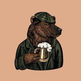 Urso-pardo com uma caneca de cerveja.