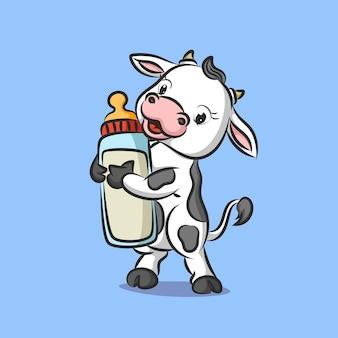 Vaca bebê em pé segurando chupeta cheia de leite