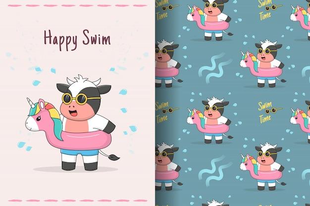Vaca fofa nadando com cartão e padrão sem emenda de unicórnio de borracha Vetor Premium