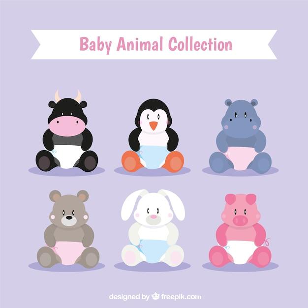 Variedade de animais do bebê com fraldas