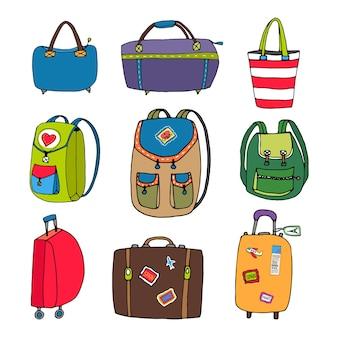 Variedade de bolsas coloridas, mochilas e malas isoladas