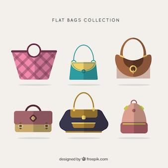 Variedade de bolsas elegantes em design plano