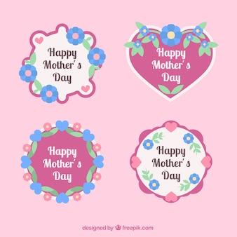 Variedade de dia das mães plana etiquetas com flores e corações
