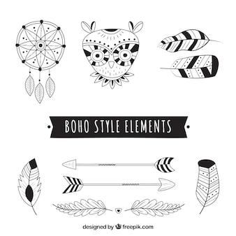 Variedade de elementos em estilo boho