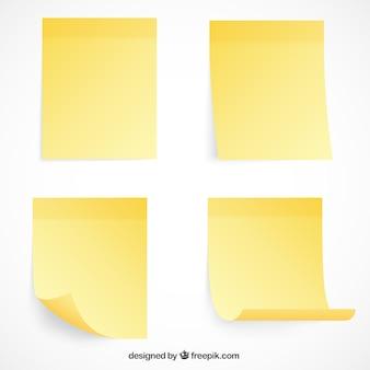 Variedade de notas de papel com desenhos diferentes