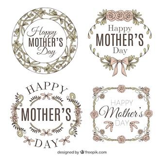 Variedade de quatro etiquetas retros para o dia de mãe