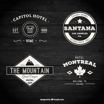 Variedade de retro emblemas de hotéis