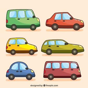 Variedade de veículos coloridos desenhados à mão