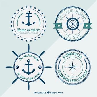 Vários emblemas náuticas arredondados