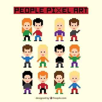Vários personagens coloridos pixelizada