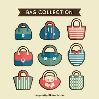 Vários sacos bonitos em estilo plano