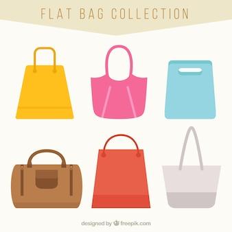 Vários sacos de tecido em estilo plano