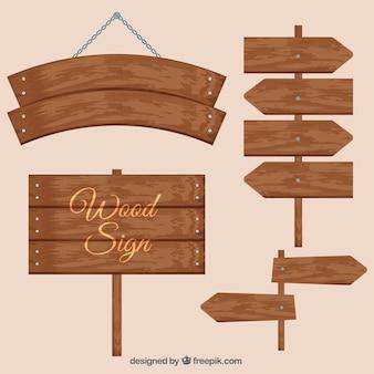 Vários sinais de madeira