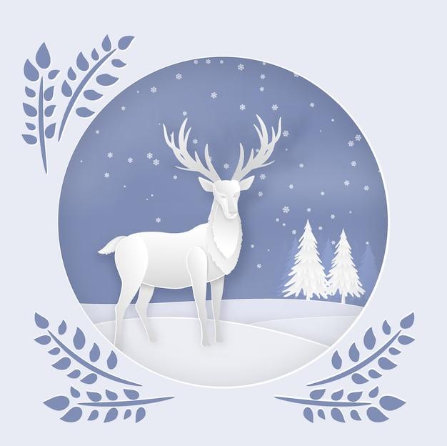 Veado na floresta com neve na temporada de inverno