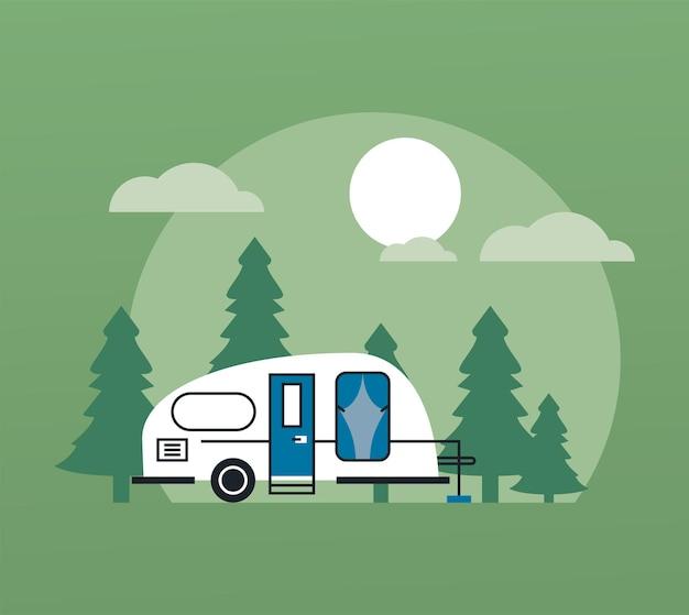 Veículo recreativo na cena do acampamento