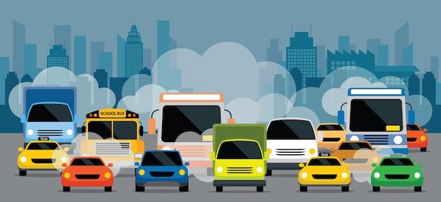 Veículos na estrada com poluição por engarrafamento