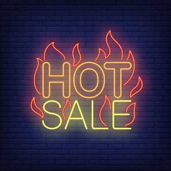 Venda quente com sinal de néon de chamas.