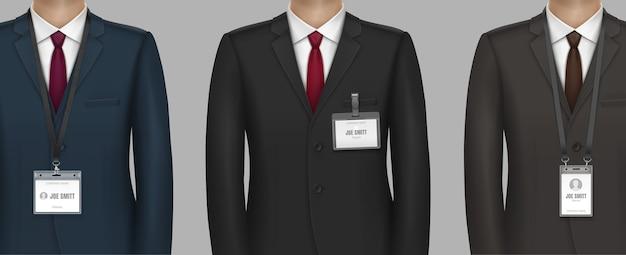 Vestido formalmente em um terno clássico de homem de negócios com crachá de identificação no crachá no clipe da alça