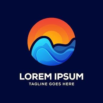 Vetor de logotipo do sol praia onda