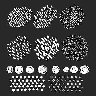 Vetor definido rabiscos desenhados à mão com pinceladas