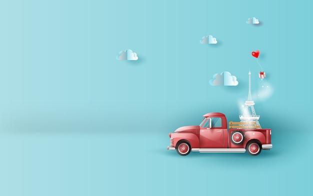 Viajar em férias com vermelho clássico carro pick-up