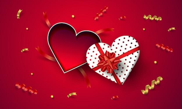 Vista superior vazio coração aberto caixa de presente dia dos namorados em fundo vermelho.