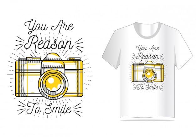 Você é motivo para sorrir com o design da camisa da câmera t