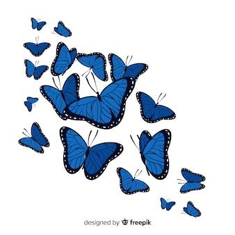 Voo de grupo de borboletas realistas