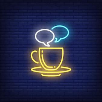 Xícara café, com, fala, bolhas, sinal néon