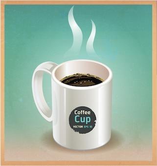 Xícara de café branca em papel castanho velho
