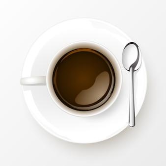 Xícara de café com colher no fundo branco