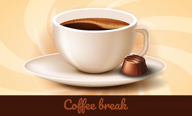 Xícara de café e chocolates no pires. coffee break.