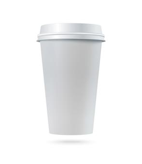 Xícara de café em papel branco com tampa plástica.