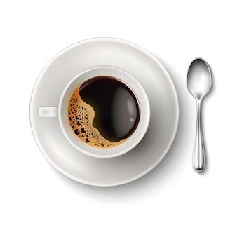 Xícara de café quente vetorial realista com bolhas de espuma na vista superior da colher de pires