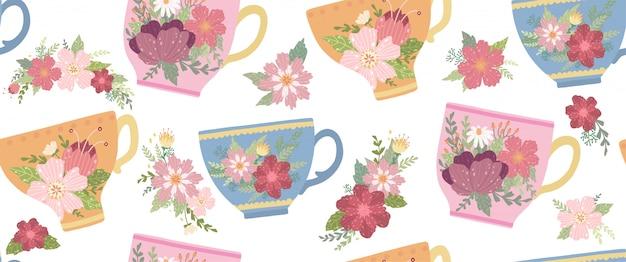 Xícara de chá bonita com flor e folhas isoladas em branco padrão sem emenda.