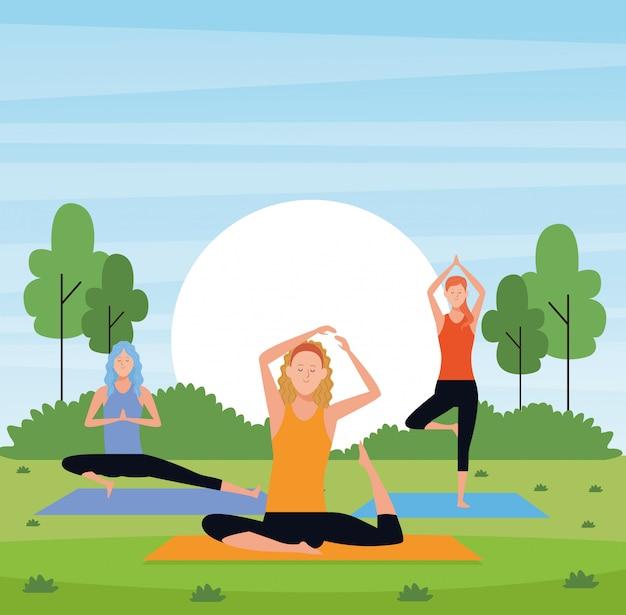 Yoga de mulheres no parque