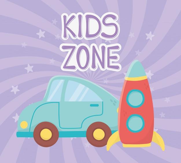 Zona infantil, carro azul e brinquedos de transporte de foguetes