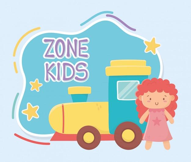 Zona infantil, trem de borracha e brinquedinhos de boneca