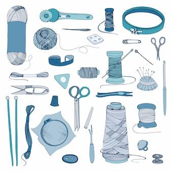Accessori per maglieria e cucito. set di illustrazioni colorate disegnate a mano.