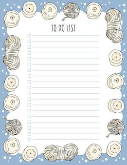 Accogliente agenda settimanale boho e lista delle cose da fare con candele e ornamenti di filato.