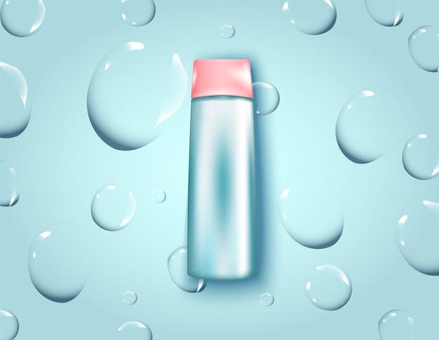 Acqua micellare per il trucco che pulisce pubblicità realistica 3d. bottiglia per prodotti cosmetici. progettazione del pacchetto.