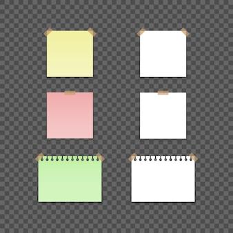 Adesivi colorati e bianchi quadrati.