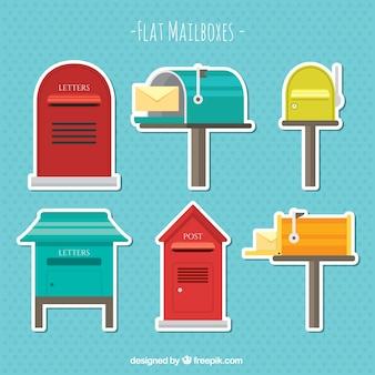 Adesivi di vecchie caselle di posta pacco