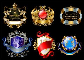 Adesivi reali con corone, scudi, nastri, leoni, stelle isolate su sfondo nero