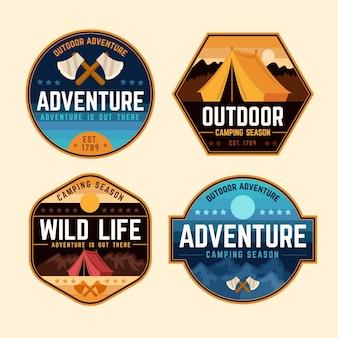 Adesivi vintage per campeggio e avventure