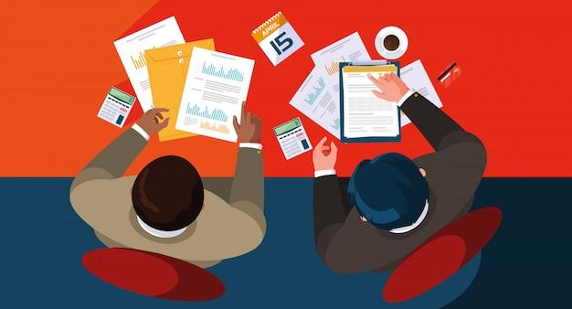Air view uomini d'affari che lavorano in ufficio