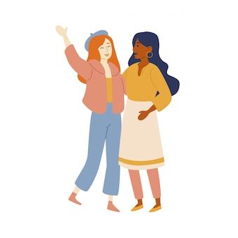 Amici di donne caucasiche e latinoamericane.