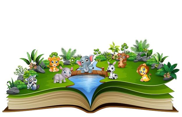 Apra il libro con il fumetto animale del bambino che gioca nel fiume
